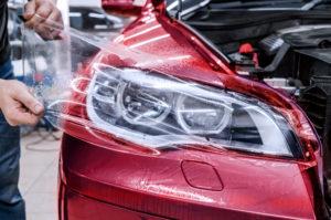 бронирование фар автомобиля